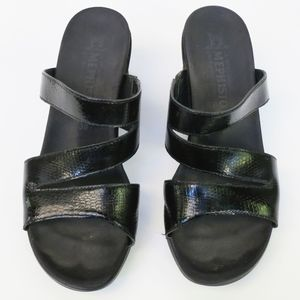 Mephisto Textured Leather Wedge Sandals Black Sz 8